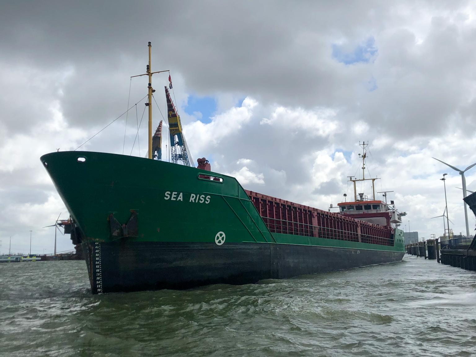 mv Sea Riss finished her job